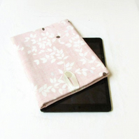 10 inch IPad sleeve in pink leaf fabric - Kindle DX or Samsung Galaxy Tab S6