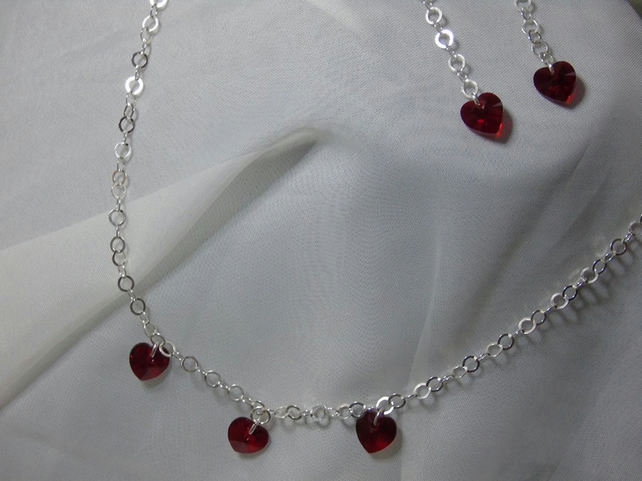 Swarovski Hearts Necklace And Earrings Set