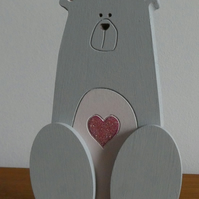 MDF Bear With Heart - Grey