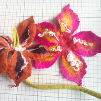 felted flower workshop at ISCA art and craft shop 20th May 2017