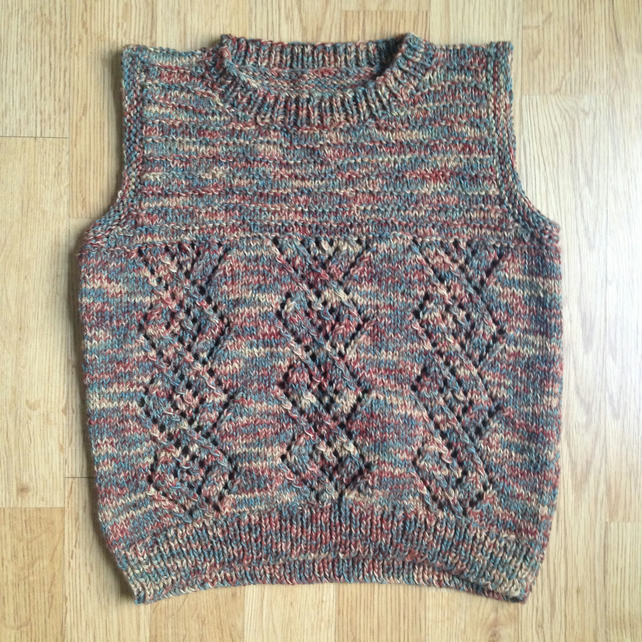 Sleeveless jumper - tanktop - vest top - age 4-5 years - autumn colours