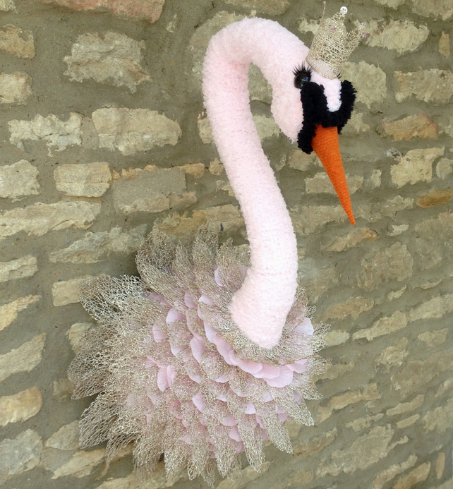 Handmade faux taxidermy baby pink Swan princess wall mounted animal decoration