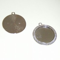 10 Silver tone Round Cabochon setting bezel tray pendants for 30mm cab