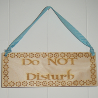 Double sided Room wooden door sign - Do not disturb - Come on in
