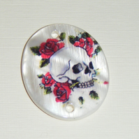 Shell Pendant with Skull and Rose image