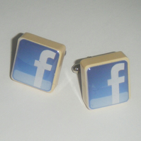 Altered art scrabble cufflinks - facebook