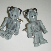 Dr Who Mini Figure Cufflinks - Cyberman