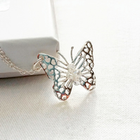 PRETTY FILIGREE STERLING SILVER BUTTERFLY PENDANT