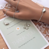 Bridesmaids jewellery set - Pendant, Bracelet and Earrings.