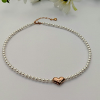Rose Gold Heart and Pearl necklace