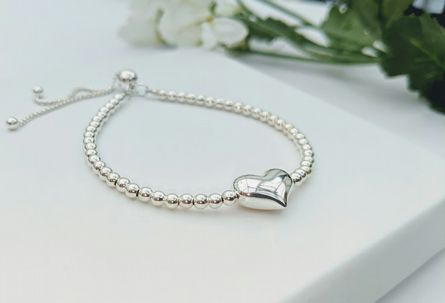 Puffed Heart slider fastening Bracelet in Sterling silver