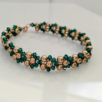 Emerald Swarovski crystal and bronze pearl bracelet