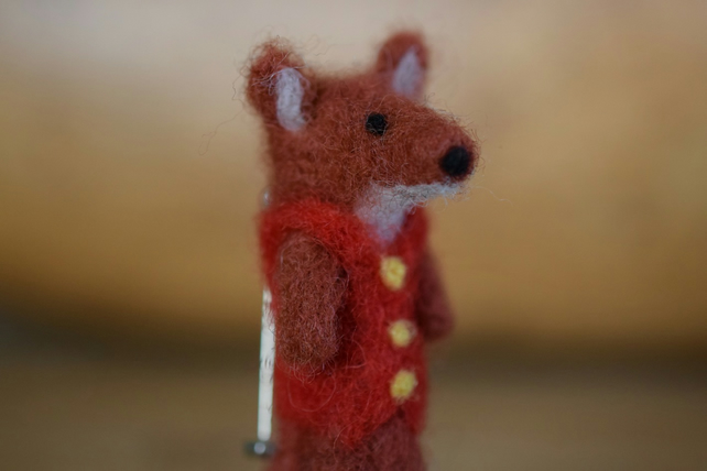 Mr Fox - Handmade Needle Felted Miniature