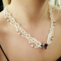 Vintage bridal necklace with Pearls and crystals