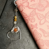 Wirework heart bookmark