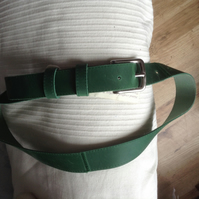 "1.25"" wide quality silver nickel buckle belt in quality pull-up green leather"
