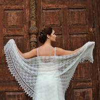 Made to Order , Wedding Shawl, Ivory Laces Stola, Bohemian Shawl, knitted shawl