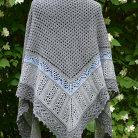 knitted shawl with beads, knitted shawl, woolen shawl