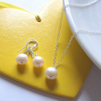 Ivory Freshwater Pearl Pendant and Earring Set