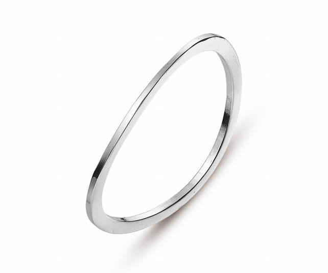 Minimal Silver Plate Wave Bangle