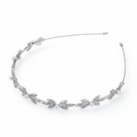 SALE. Pearl and Crystal Hairband.
