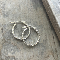 Diamond Cut 15mm Sterling Silver Hinged Hoop Earrings