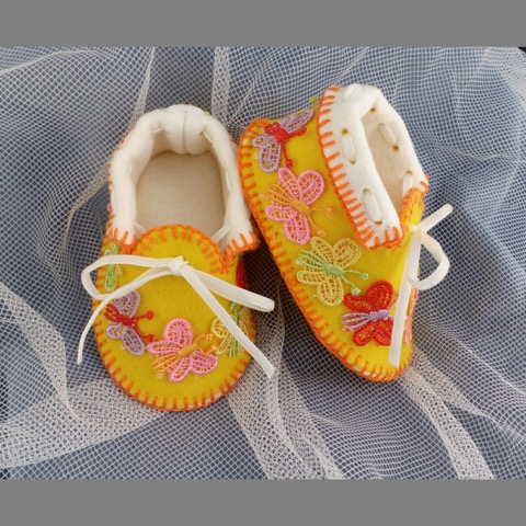 Sunny Moccasins with Butterflies. Shoes in 100% Wool Felt. Gift Boxed. OOAK