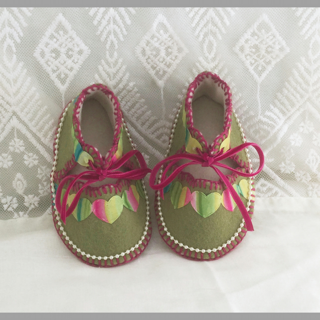 Mossy Green with Hearts Pure Wool Felt Baby Shoes. Gift Boxed. 0-3 Months