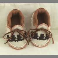 Ivory and Ginger Moccasins with Teddies. 100% Wool Felt Fully Lined Gift Boxed.