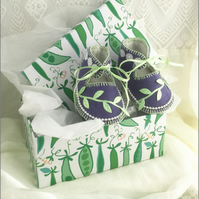 Dusty Violet and Palest Green, Pure Wool Baby Booties in Gift Box for Newborns O