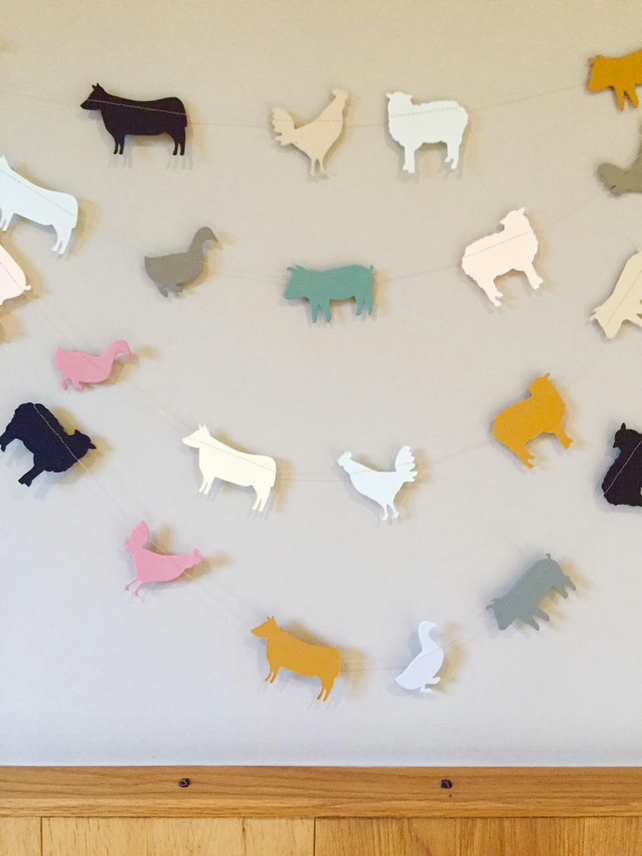 Farm animal garland