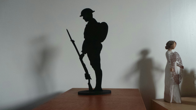 Silhouette War Memorial British Army Tommy Soldier Figure  Standing 25cm tall