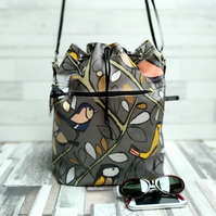 Oilcloth Bucket Bag