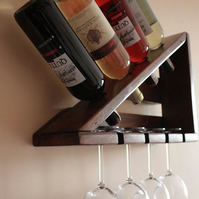 Handmade triangle old style rustic reclaimed pallet wood wine rack