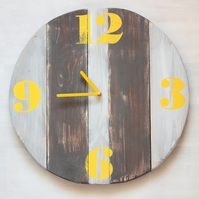 Pallet Wood Wall Clock Retro Yellow Old Style Industrial Vintage