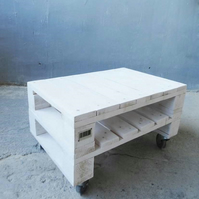 Whitewash Rustic Pallet Wood Coffee Table