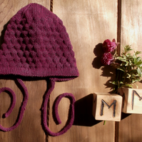 Baby's Traditional Style Hand Knitted Bonnet 3-6 months