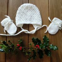 Baby Girl's Hand Knitted Lace Patterned Cream Bonnet and Mitts  6-9 months