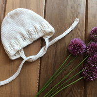 Hand Knitted Cream Baby Bonnet 0-3 months