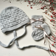 Cosy Wool Bonnet and Mittens for Babies