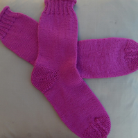 40% off Hand Knitted Socks in 100% Rowan 'Botany' pure wool - pink -size small