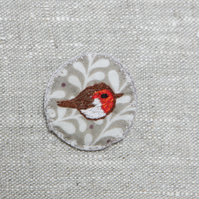 Hand embroidered robin brooch