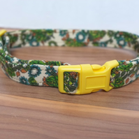 "Retro Fabric Dog Collar, Handmade, Medium Collar (13""-18"") Wedding"