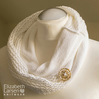 White mesh lace cotton infinity scarf. Summer scarf. Women's cotton button cowl.