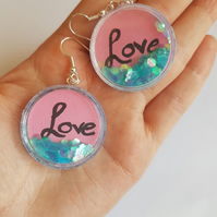 love quote glitter shaker earrings