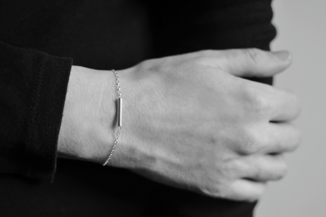 Minimal Sterling Silver Tube Bar Chain Bracelet