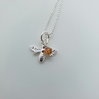 Sterling Silver Bee Design Pendant –Bees02
