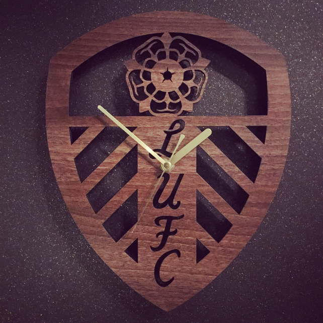 Leeds United Crest Badge Clock Folksy