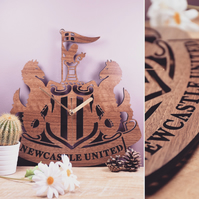 Newcastle United Crest Badge Clock
