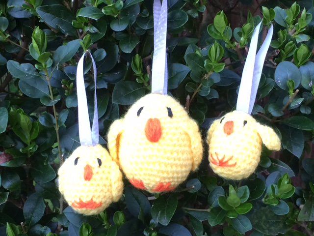 3 crochet easter chicks (2 baby and 1 bigger)